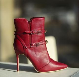 Cumpara Botine rosii cu toc stiletto elegante