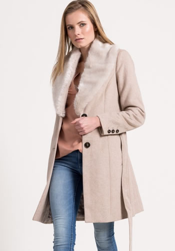 Cumpara Palton dama iarna cu blana