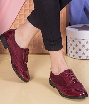 Cumpara Pantofi bordo fara toc din piele lacuita si catifea