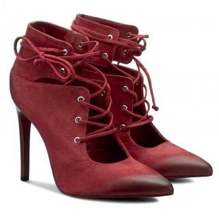 pantofi cu toc subtire si siret
