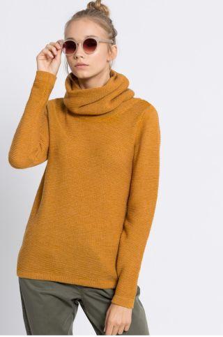 Cumpara Pulover dama cu guler rulat tricotat