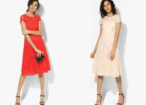 rochie dantela in clos midi
