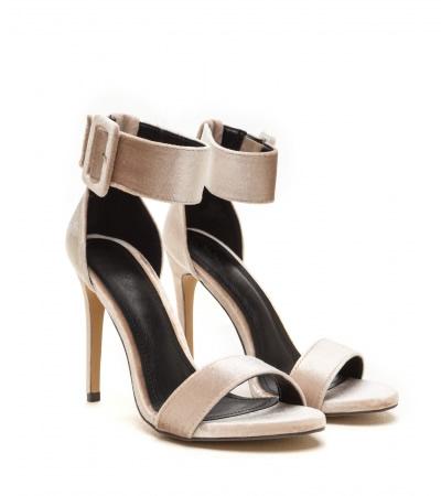 Cumpara Sandale catifea cu toc stiletto