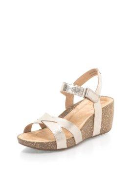 sandale clarks aurii din piele