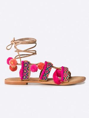 Cumpara Sandale cu ciucuri colorati